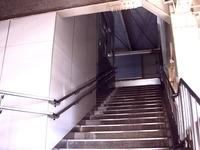 20110715_京成本線_船橋競馬場駅_エレベータ工事_1437_DSC09843