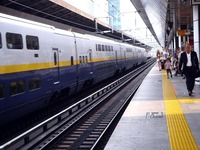 20110813_JR東北新幹線_東京駅ホーム_放射線量_1650_DSC00564