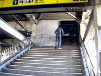 20110715_京成本線_船橋競馬場駅_エレベータ工事_1436_DSC09842