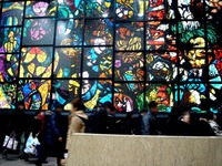 20121225_JR東京駅_京葉ストリート_ステンドグラス_1900_DSC07574