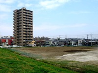 20100410_ヤマザキパン中央研究所兼研修センタ_1104_DSC00843