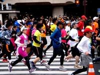 20120226_東京マラソン_東京都千代田区_激走_ランナ_1023_DSC05665