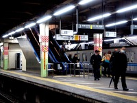 20121204_JR東日本_JR西船橋駅_エスカレータ_1939_DSC04952