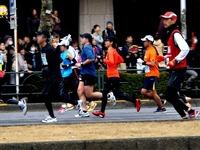 20120226_東京マラソン_東京都千代田区_激走_ランナ_1101_DSC05696