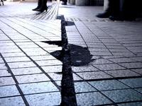 20110312_船橋市本町_船橋駅北口前_ひび割れ_1023_DSC08689