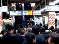 20121204_JR東日本_JR西船橋駅_エスカレータ_1938_DSC04950