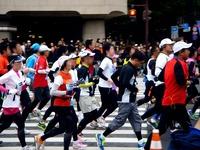 20120226_東京マラソン_東京都千代田区_激走_ランナ_1024_DSC05674