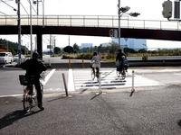 20101121_自転車_交差点_歩道_軽車両_交通違反_1013_DSC02762