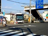 20130807_船橋市宮本_京成競馬場駅前_バスロータリー_1545_DSC03899