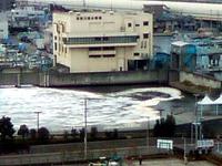 20110311_地震_東京湾_津波_1409_SN3F0374Y