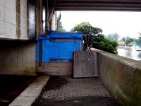 20141102_千葉市_JR京葉線_高架橋下_ホームレス_1222_DSC05474