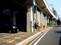 20140426_船橋市宮本2_京成本線_高架橋下利用_0850_DSC06000
