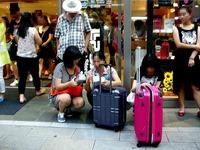 20150731_東京都中央区銀座_中国人観光客_爆買い_1746_DSC02103