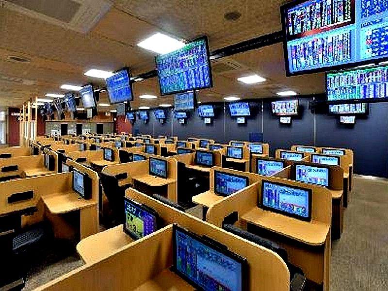ギャンブルは今@JR本八幡駅前に公営競技場外発売場の開設計画(50 ...