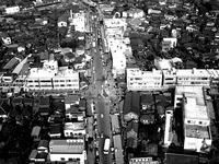 1961年_昭和36年_船橋市本町_国鉄船橋駅_駅前通り商店街_010