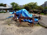 20120429_浦安市高州_飛び出たマンホール_1245_DSC01403