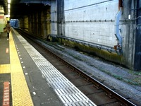 20160306_JR武蔵野線_船橋法典駅_ホームベンチ_1730_DSC08505