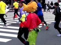 20150222_東京銀座_東京マラソン_ランナー_激走_00110