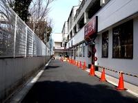 20130217_東武野田線_新船橋駅_高架橋下商業施設_1227_DSC00777