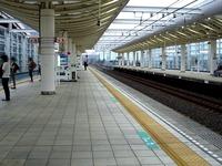 20150828_東葉高速鉄道_八千代緑が丘駅改札外_1727_DSC05657