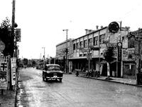 1957年_昭和32年_船橋市_船橋中央公民館前_010