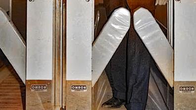 1967年_昭和42年_阪急北千里駅_世界初の自動改札機_オムロン_172W