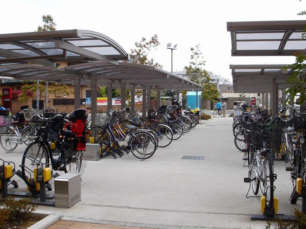 自転車の 津田沼 自転車 : この 奏の杜フォルテ の前には ...
