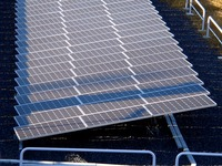 20131214_JR東日本_京葉車両センター_太陽電池_1426_DSC03626