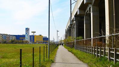 20100418_1324_JR南船橋駅南口市有地活用_DSC02199W