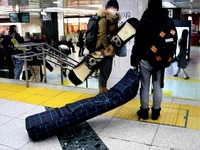 20140217_JR東京駅_新幹線改札口_スノーボード_1902_DSC05737