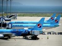 20160527_1200_大韓航空機_B777_1160