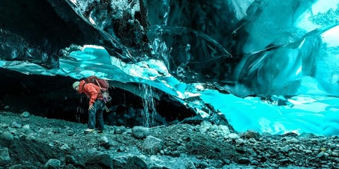 mendenhall-ice-caves-9