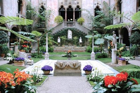 Isabella-Stewart-Gardner-Museum-1
