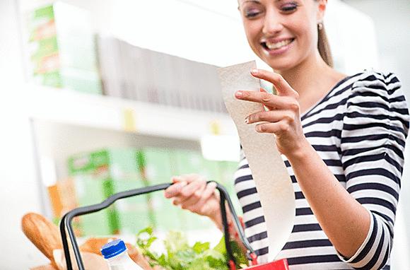 【悲報】日本人、食費すら削り始める   食品の買い控えが目立ち消費支出が1年4ヶ月連続減少
