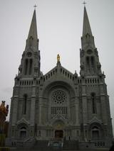 サンタンヌ・ド・ボープレ大聖堂1