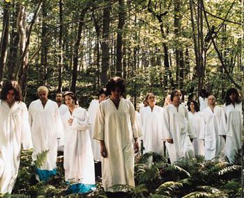 polyphonicspree 白装束集団Polyphonic Spreeの新作がリリース決定だ