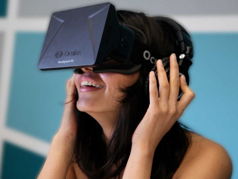 【悲報】Oculus Rift、メガネを付けてプレイできないことが判明!?コンタクト必須か・・・のサムネイル画像