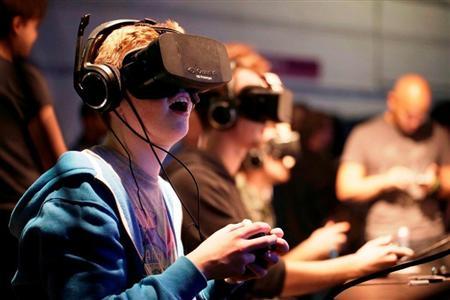【Oculus Rift】VR業界のトップだと思われたいたFB、SONYやVALVE参入で傾くのか・・?のサムネイル画像