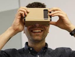 【画像】かけると服が透けて見えるメガネ「すけすけゴーグルくん」VR技術でついに実用化!!のサムネイル画像