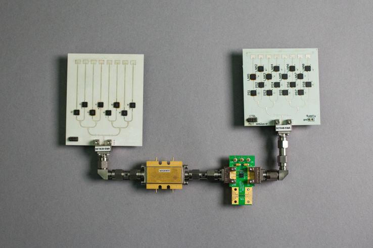 【朗報】MIT、VRヘッドセットをPCとワイヤレス接続するシステムを開発!のサムネイル画像