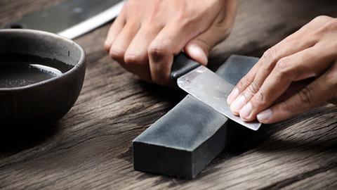 161217sharpen_kitchen_knives-w960