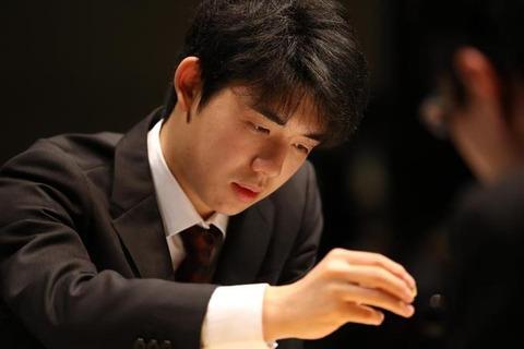 【悲報】日本将棋連盟、藤井聡太六段15のとんでもない公式グッズを発売してしまう・・・