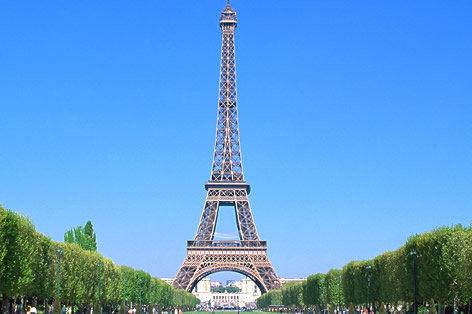 【悲報】フランス次期大統領夫人がヤバすぎwwwwwwwwwwww