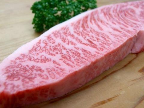【速報】霜降り和牛、人間の食べ物じゃないと日本人が気付き始める