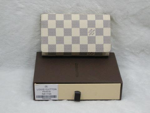 N61744-(1)