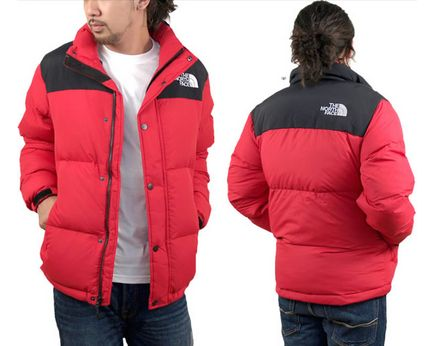 新作ノースフェイスのダウンジャケット赤を通販で購入するならここにありました!