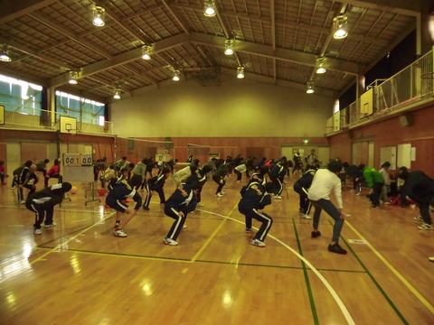 ソフトバレーボール大会(準備体操) (2)