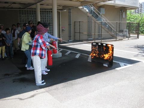 防災-消火器訓練