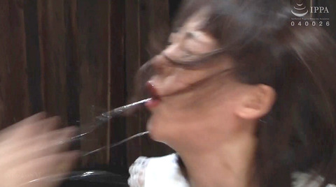 ビンタされる女ビンタSEXビンタエロAV画像nanamiyua218