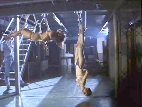 SM調教 逆さ吊り にされる女 の AV エロ画像 natumemasami19